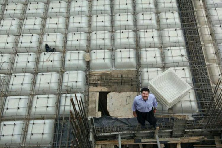 در ساختمان سقف وافل، اسکلت فلزی انتخاب کنیم یا اسکلت بتنی؟
