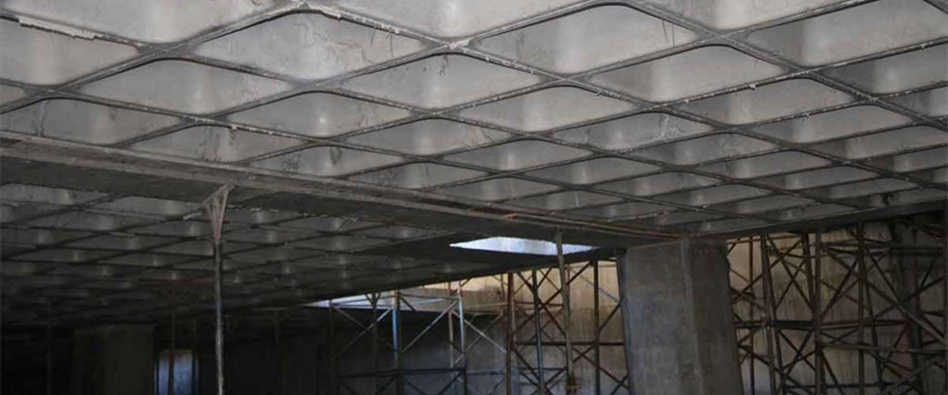 بررسی قیمت اجرای سقف وافل و شیوههای کاهش هزینه